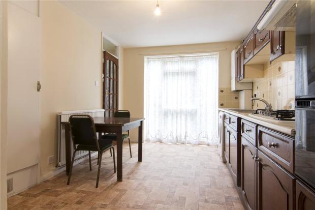 Kitchen (View2)