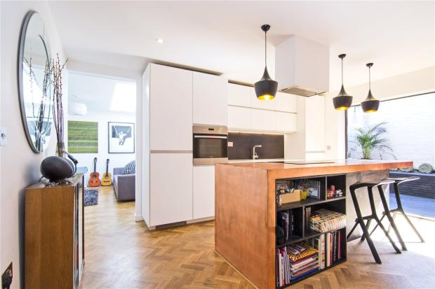 Kitchen-Dining View3