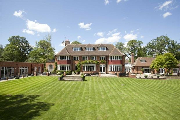 10 bedroom house for sale in carbone hill cuffley en6