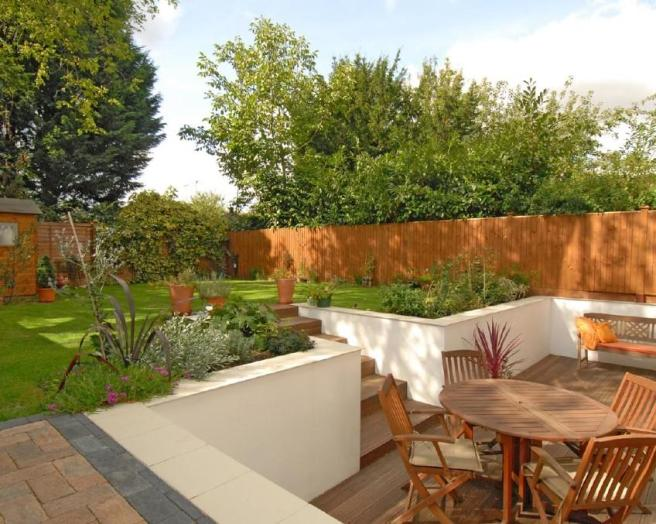 Decking landscaped garden design ideas photos for Garden decking ideas uk