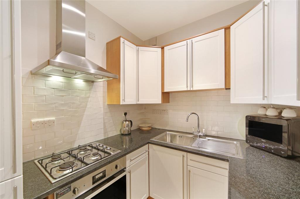 2 bedroom ground floor flat for sale in inverness terrace for 2 6 inverness terrace london
