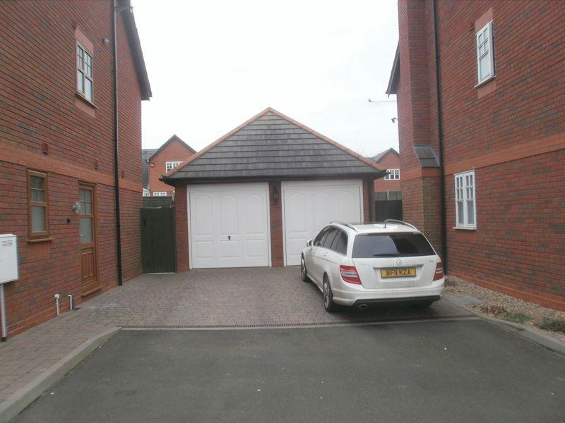 Detached side garage