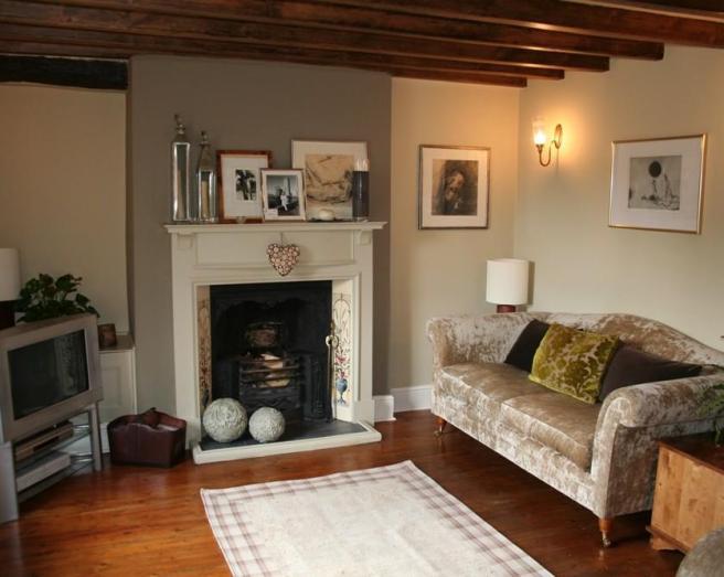 Cosy Living Room Idea 656 x 523