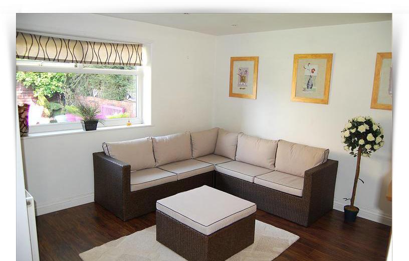 Annexe - Reception Room