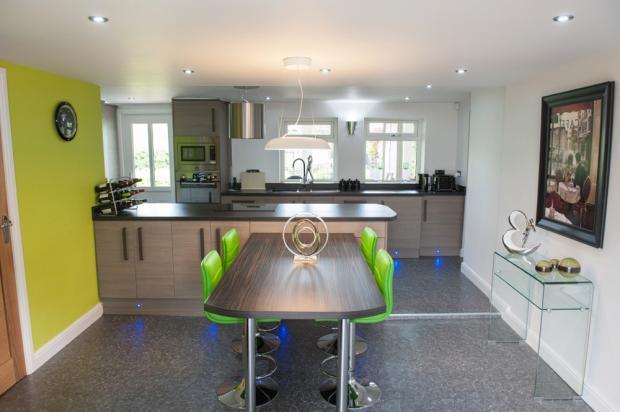 Stunning Kitchen / Living Space