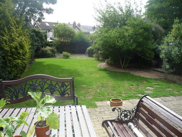 7 Bedroom Detached House For Sale In Pelham Road Gravesend Da11