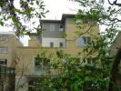 2 bedroom Apartment to rent in Upper Richmond Road...
