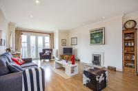2 bedroom Flat in Upper Richmond Road...