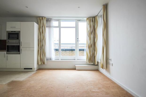Living Room 1 (Main)