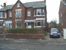 semi detached house to rent in Queens Road...