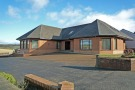 4 bedroom Detached house in Allanton Road,  Shotts...