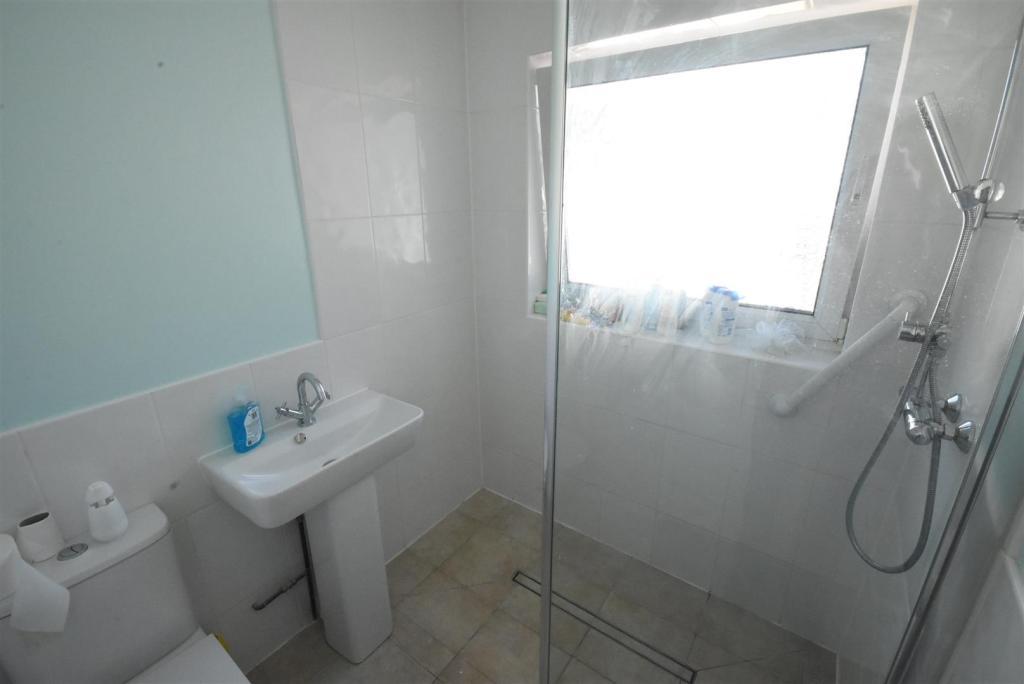 Shower Room (wet roo