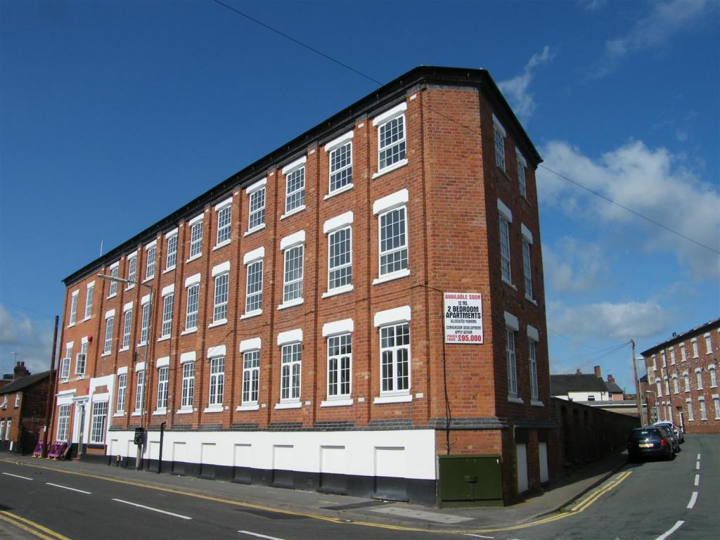 2 bedroom apartment for sale in sandon road stafford st16 1 bedroom apartments in stafford va