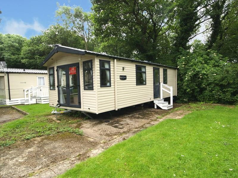 2 bedroom mobile home for sale in shorefield road milford on sea lymington so41