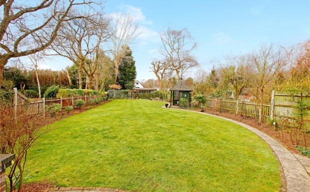 Garden Full Length