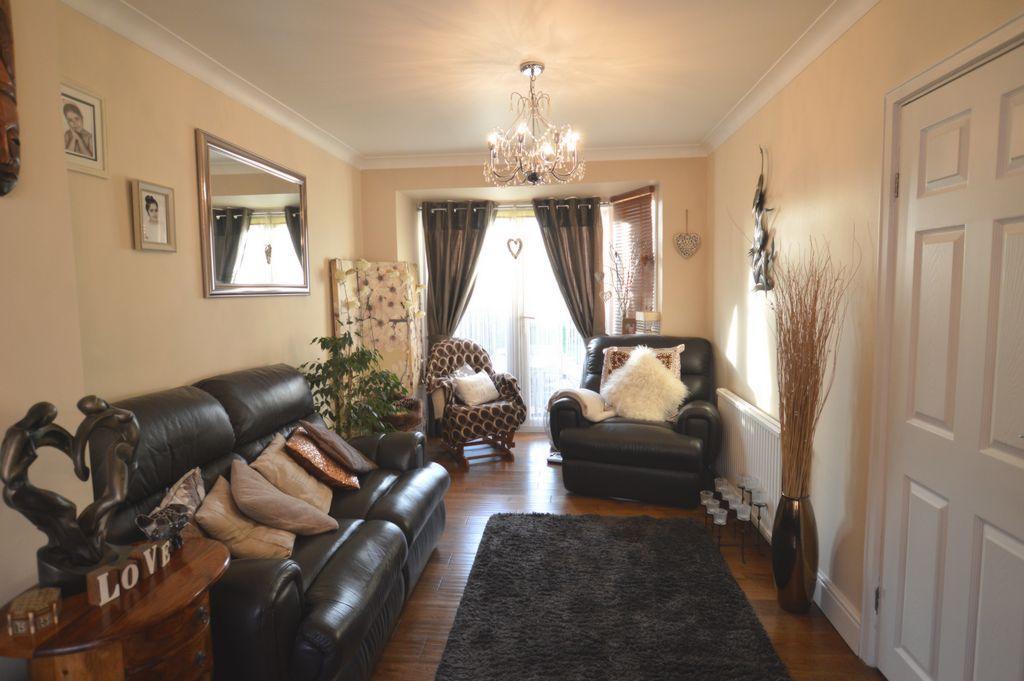 Living Room cont