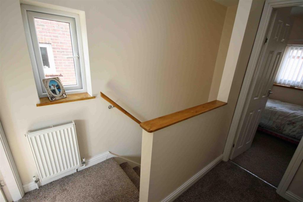 First Floor / Landin
