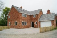 4 bedroom Detached property in Ruabon Road, Ruabon