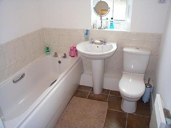 WHITE BATHROOM SU...