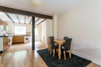 2 bed Terraced house in MANOR COTTAGES APPROACH...