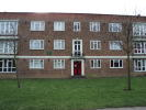 Ground Flat in Longbridge Road, Barking