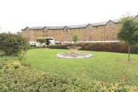 3 bed Apartment for sale in Norwood Green, UB2