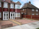 2 bedroom semi detached property in Ash Grove, London, N13