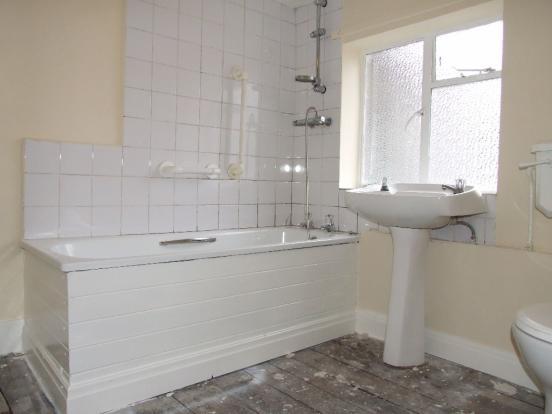 Bathroom - Rhoslyn