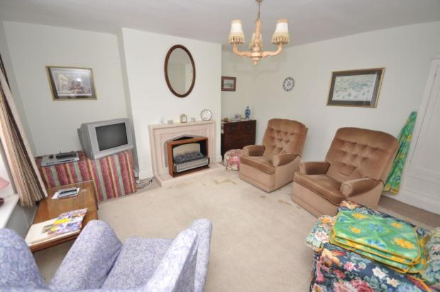 3 bedroom terraced house for sale in Ivy Cottage, Y Crofft ...
