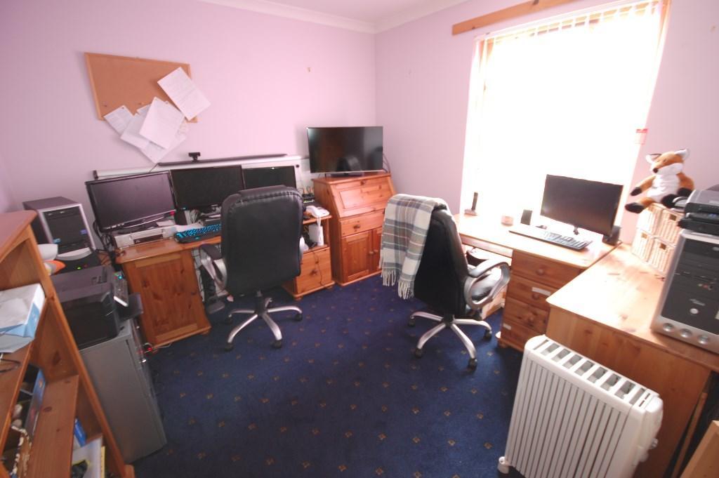 Office/Bedroom 4