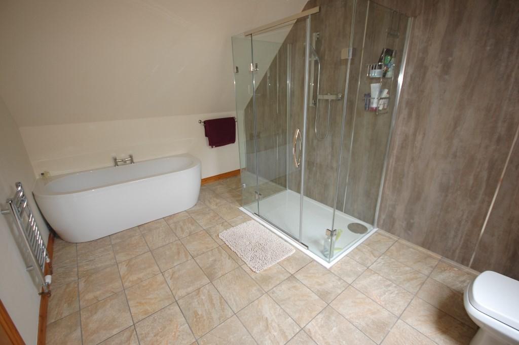 Bed 1 Ensuite Bathrm