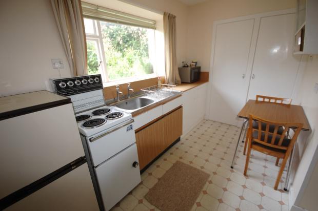 Kitchen to Flat
