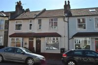 2 bed Terraced property for sale in Victoria Park
