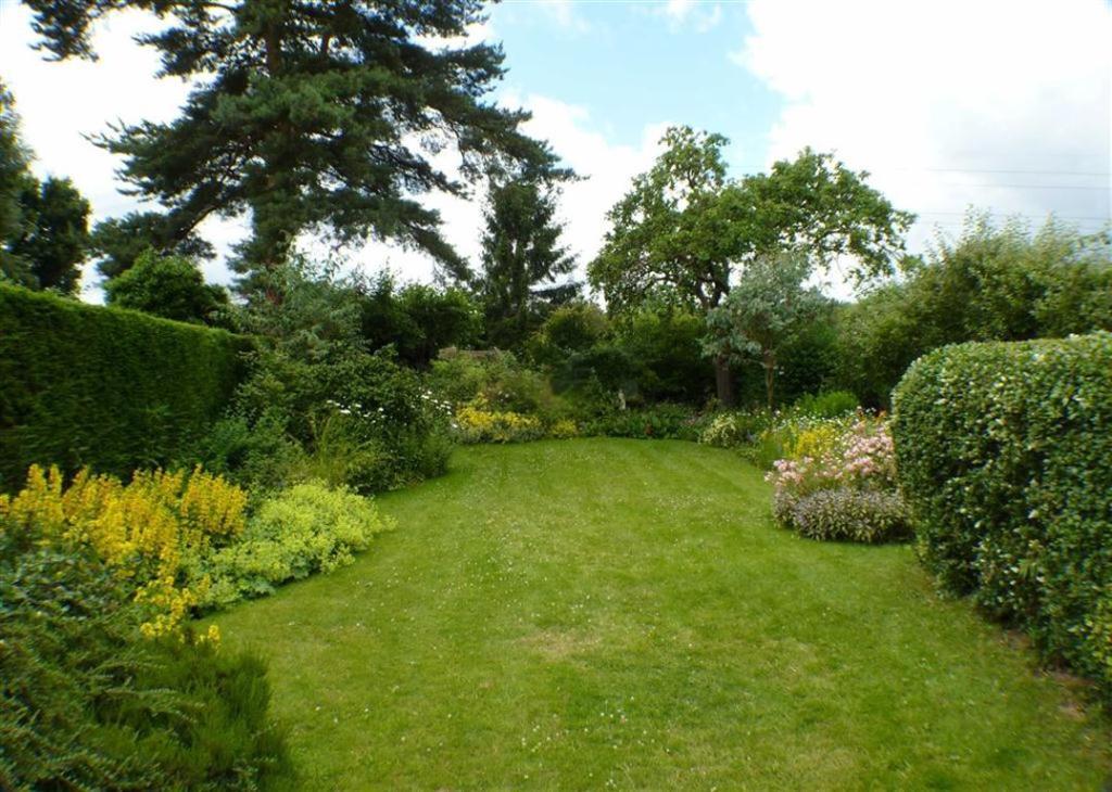 Rear Garden (aspect