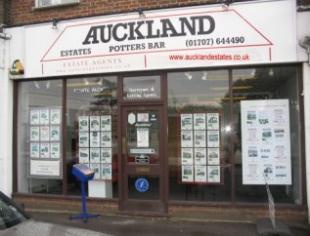 Auckland Estates, Potters Barbranch details