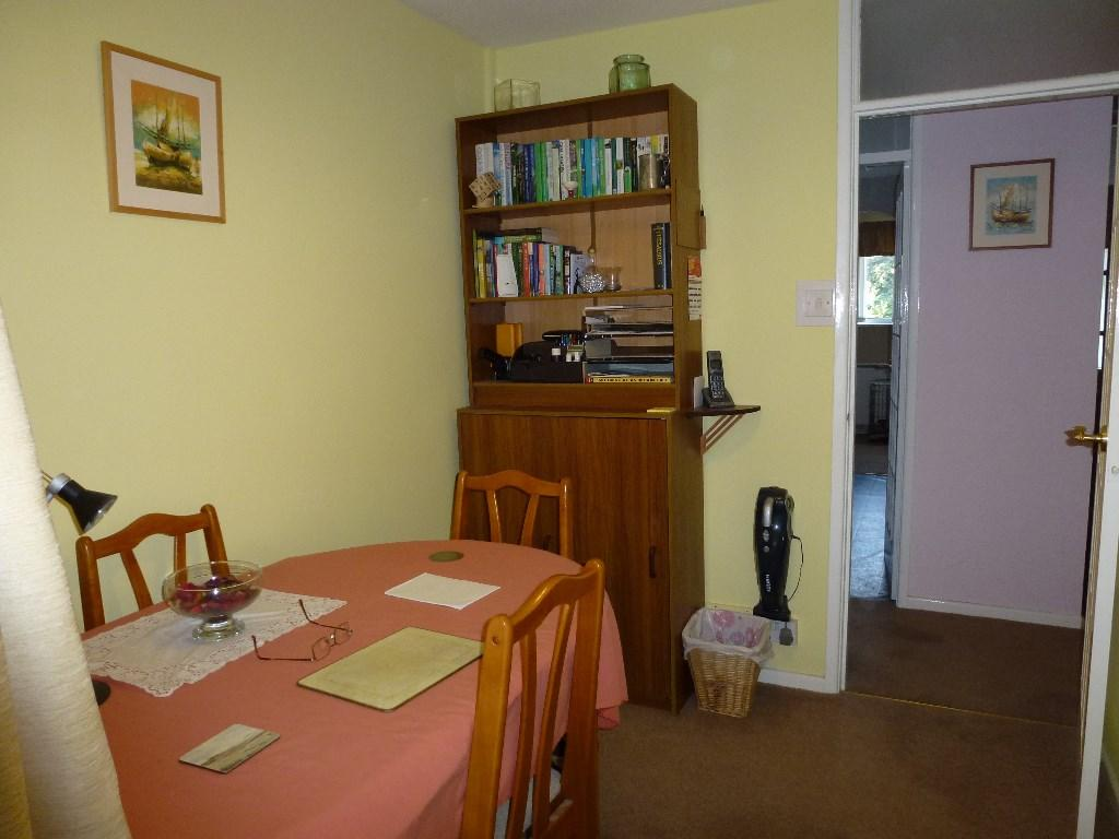 Bedroom Two / Dining