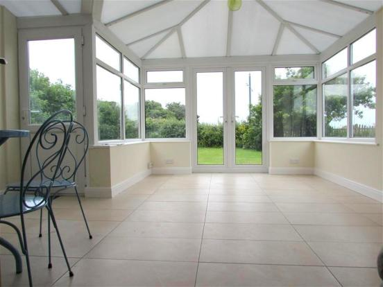 Conservatory View Tw