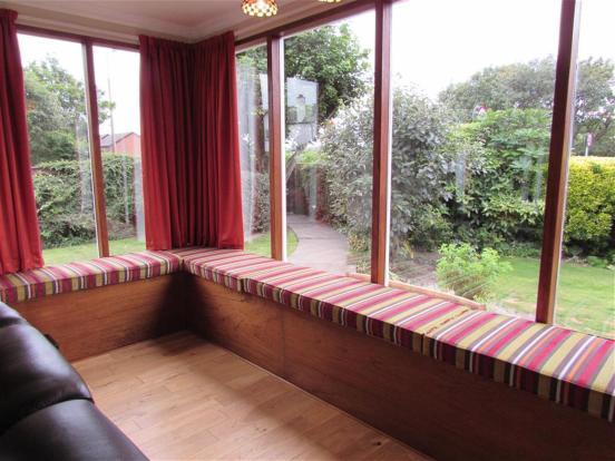 Lounge Window Seat