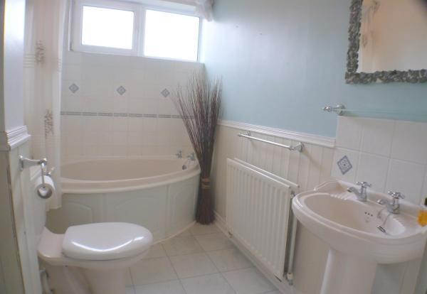 bathroom gflr