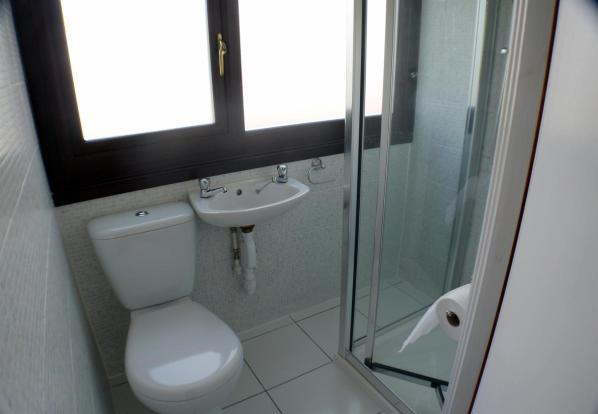 Shower Rm