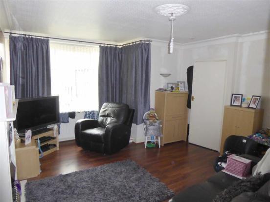 Living Room: