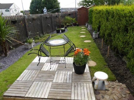 Gardens To Three Sid