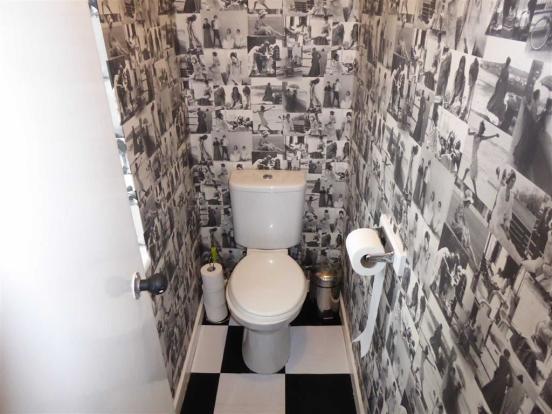 Separate / WC: