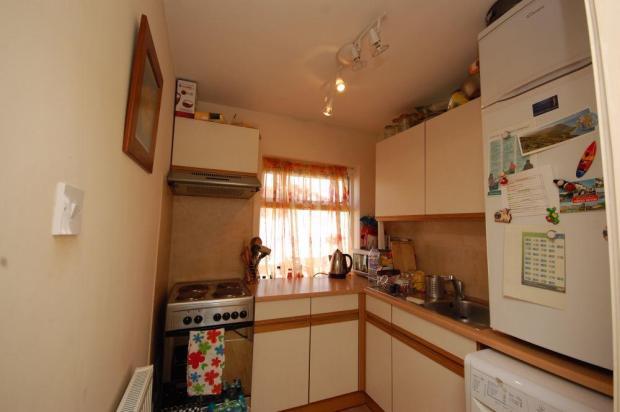 bedroom 3 / kitchen