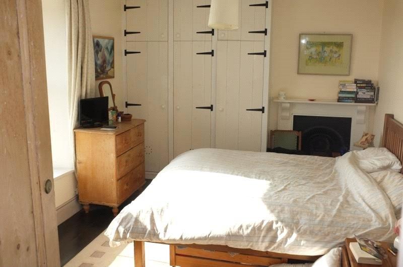 TR19 6HG Bedroom