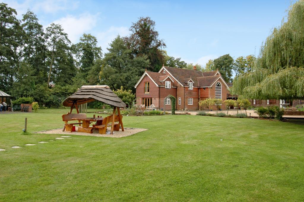 Home Farm - Garden