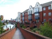 2 bedroom Flat in Symphony Court Brindley...