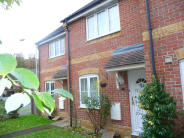 Terraced home to rent in Newbury