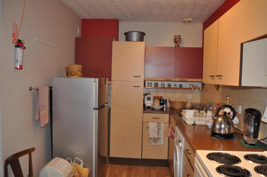 DSC_1403 Kitchen New