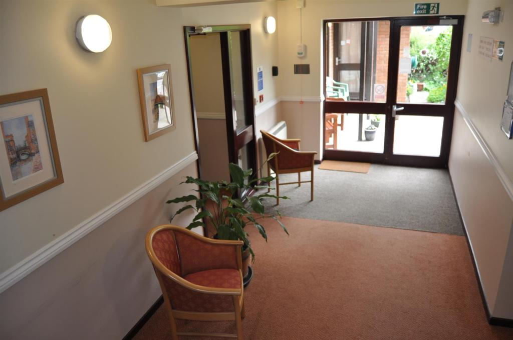 DSC_1731 Entrance Ha